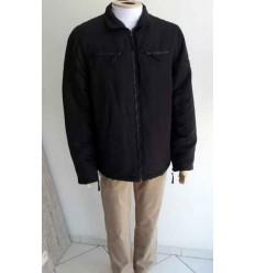 Jaqueta preta em tecido grosso de algodão com otima qualidade, cód 446
