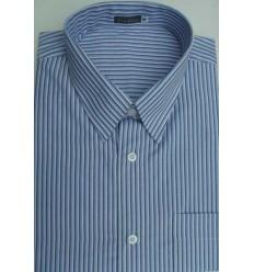 Camisa extra grande, azul com listras, manga curta, passa fácil, em tecido misto de algodão com poliéster, cód 1463AZBM