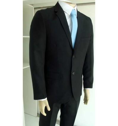 Terno slim preto corte italiano com aberturas atrás e dois botões fabricado em tecido oxford de ótima qualidade, código 1597