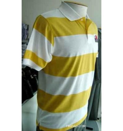 Camiseta gola polo, branca com listras amarelas. Cód. 845