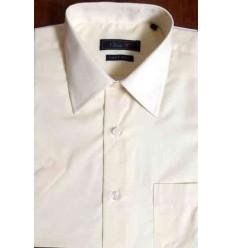 Camisa creme, manga curta, passa fácil de ótima qualidade e caimento perfeito, cód 997