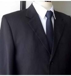 Costume extra grande  risca de giz, 3 botões da coleção plus size cód 941