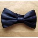 Gravata borboleta preta em poliéster com design tradicional, cód GBP